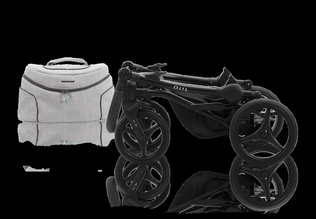 KOMFORTOWY STELAŻ Tito cechuje się bardzo dobrą amortyzacją, którą docenisz podczas jazdy po nierównych chodnikach i wybojach. Flexy Wheels swoją sprężystością nie ustępują pompowanym kołom, a jednocześnie dzięki nim nie musisz przejmować się kwestią ciśnienia w oponach. Dzięki zastosowaniu unikalnych regulowanych bocznych amortyzatorów możliwe jest ich dostosowanie do jazdy po równym podłożu (Hard) lub nierównościach (Soft). Na uwagę zasługuje także system SAS (system absorpcji drgań i wstrząsów) oraz DMS (chroniący przed samoczynnym obracaniem się kół po ich oderwaniu od podłoża). Wygodny system składania konstrukcji pozwala na złożenie wózka bez konieczności opróżniania dolnej torby zakupowej.